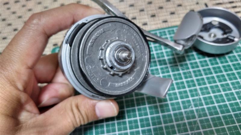 ゼブコ33プラチナのスプール取り付け部